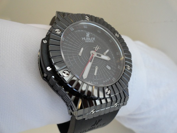Hublot Black Caviar Replica