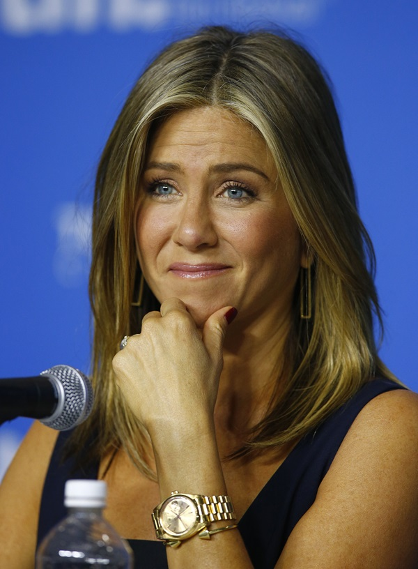 Jennifer Aniston Cartier